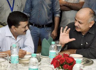 Delhi Chief Minister Arvind Kejriwal and Deputy Chief Minister Manish Sisodia during a past meeting.