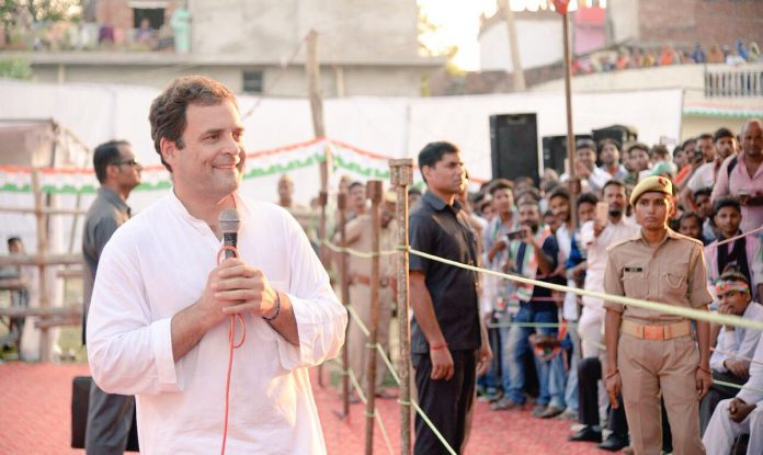 Rahul Gandhi interacting with farmers