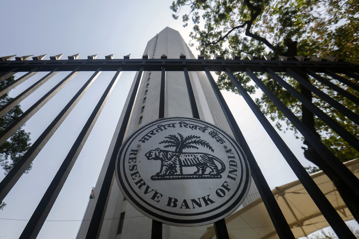RBI increases key rate to 6.5% on inflation worries
