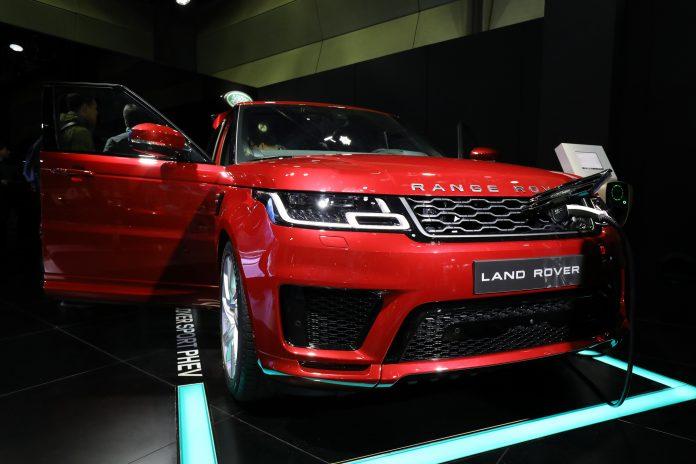 BMW should buy Jaguar Land Rover from Tata Motors, says Bernstein