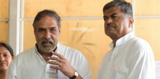 Congress MP Anand Sharma addresses the media as UPA candidate B.K. Hariprasad (R) looks on | PTI