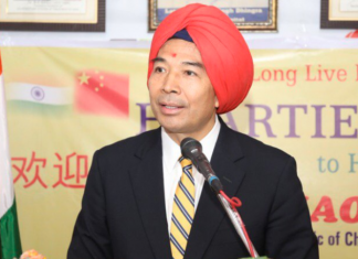 China's ambassador to India Luo Zhaohui sports a turban | Twitter