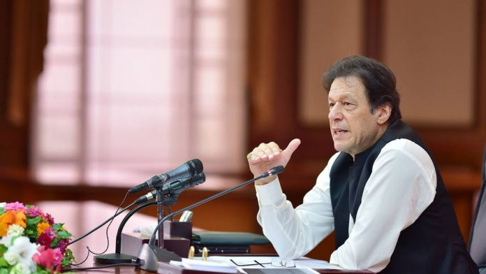 Pakistan's verbose foreign minister ruined Kashmir case. Imran Khan at UN now the only hope