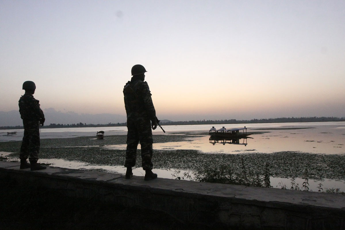 Indian Army soldiers guard the Dal Lake after the abrogation of Article 370 | Photo: Praveen Jain | ThePrint.in