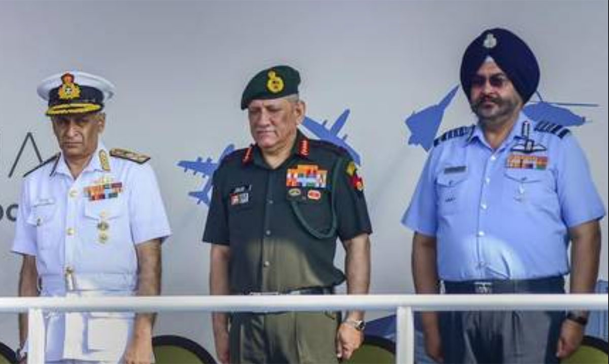 Former Navy Chief Admiral Sunil Lanba, Army Chief Gen Bipin Singh Rawat and Air Chief Marshal B S Dhanoa. (Photo: PTI)