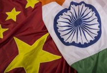 The national flags of China and India (Representational Image) | Photo: Dhiraj Singh | Bloomberg